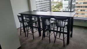 montáž jídelní stůl a židle